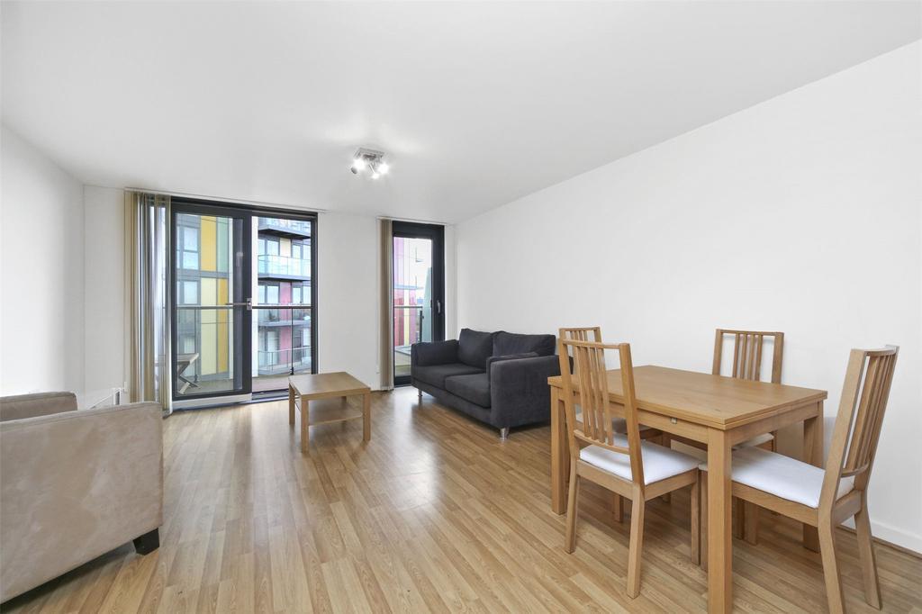 2 Bedrooms Flat for sale in Riverwalk Apartments, Homerton Road, London, E9