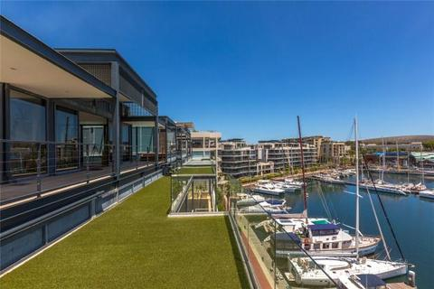 4 bedroom penthouse  - 401 Penrith, V&A Waterfront, Cape Town, Western Cape