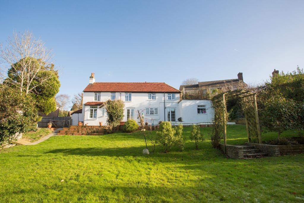 5 Bedrooms Detached House for sale in Marshlands Lane, Heathfield, East Sussex, TN21 8HH