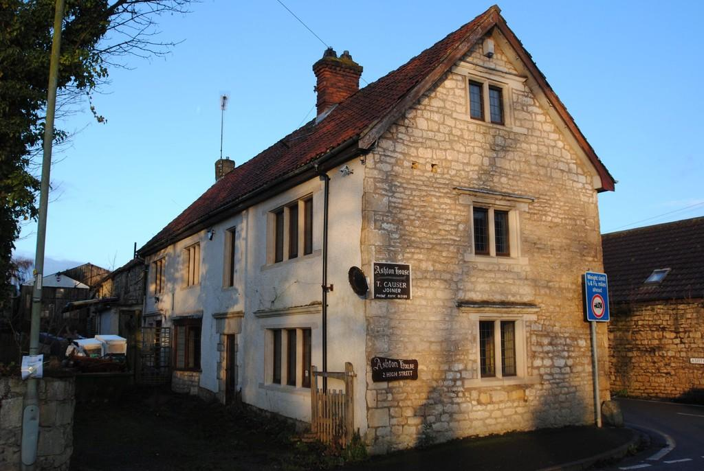 3 Bedrooms Link Detached House for sale in High Street, Braithwell