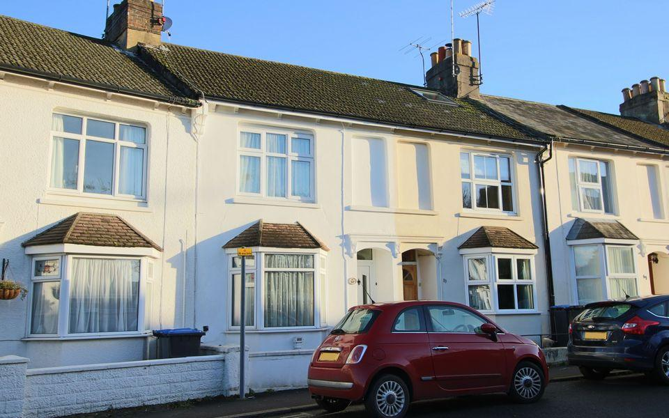 3 Bedrooms Terraced House for sale in Parklands Road, Hassocks, West Sussex.