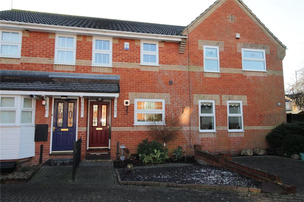 2 Bedrooms Terraced House for sale in Northampton Grove, Langdon Hills, Essex, SS16