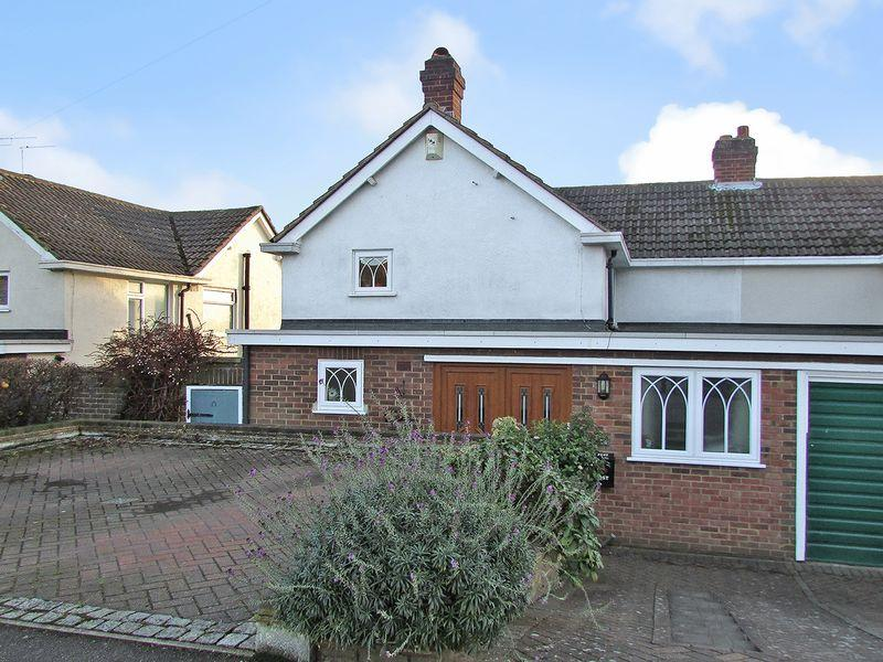 5 Bedrooms Semi Detached House for sale in Tredegar Road, Wilmington