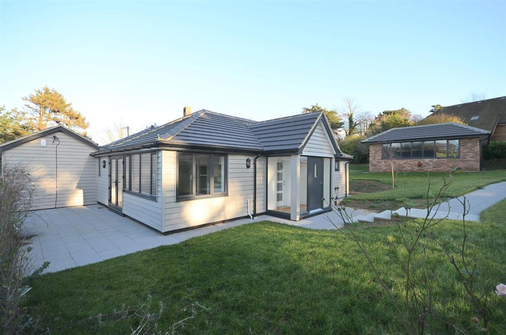 4 Bedrooms House for sale in Pett Level Road, Pett Level, Hastings