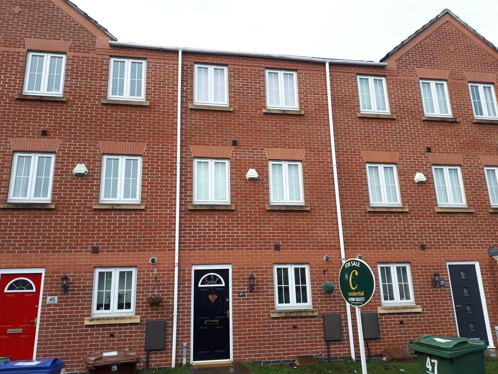 4 Bedrooms Town House for sale in Eaton Drive, Rugeley