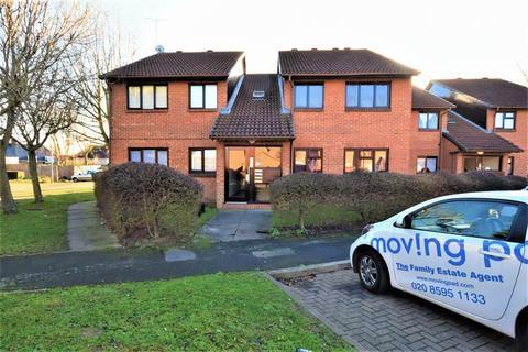 2 bedroom apartment to rent - Pedley Road, Dagenham