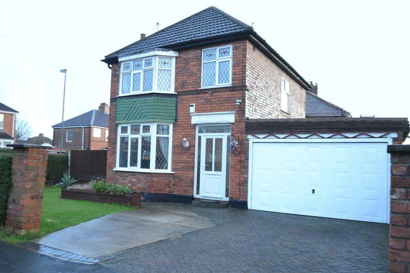 3 Bedrooms Detached House for sale in Lincoln Gardens, DN16