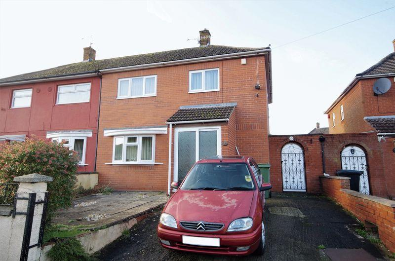 3 Bedrooms Semi Detached House for sale in Millground Road, Bristol