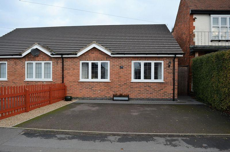 2 Bedrooms Semi Detached Bungalow for sale in Goodes Lane, Syston