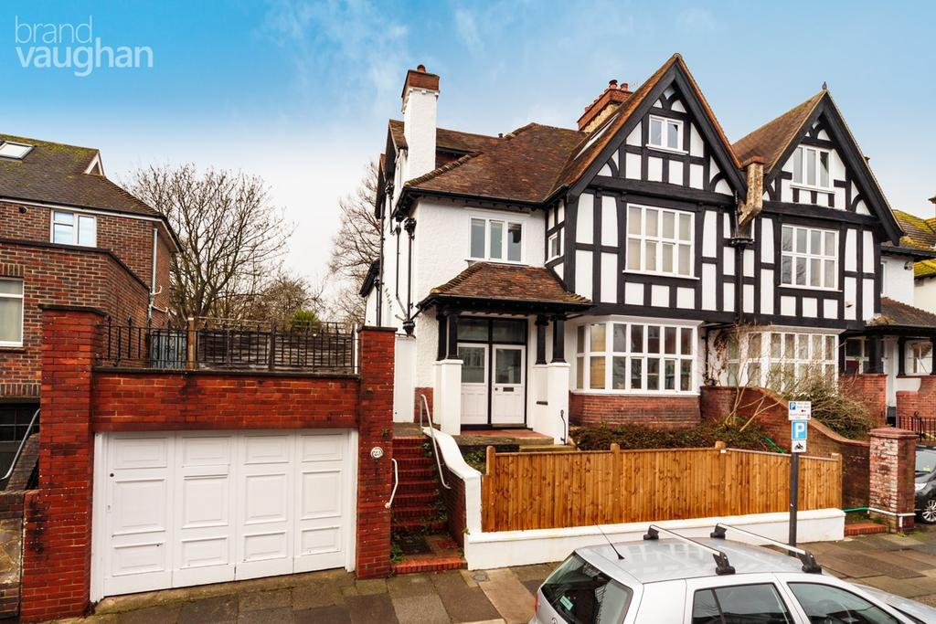 7 Bedrooms Semi Detached House for sale in York Avenue, Hove, BN3
