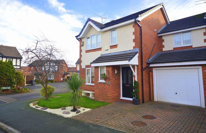 4 Bedrooms Detached House for sale in Harrier Drive, Halewood
