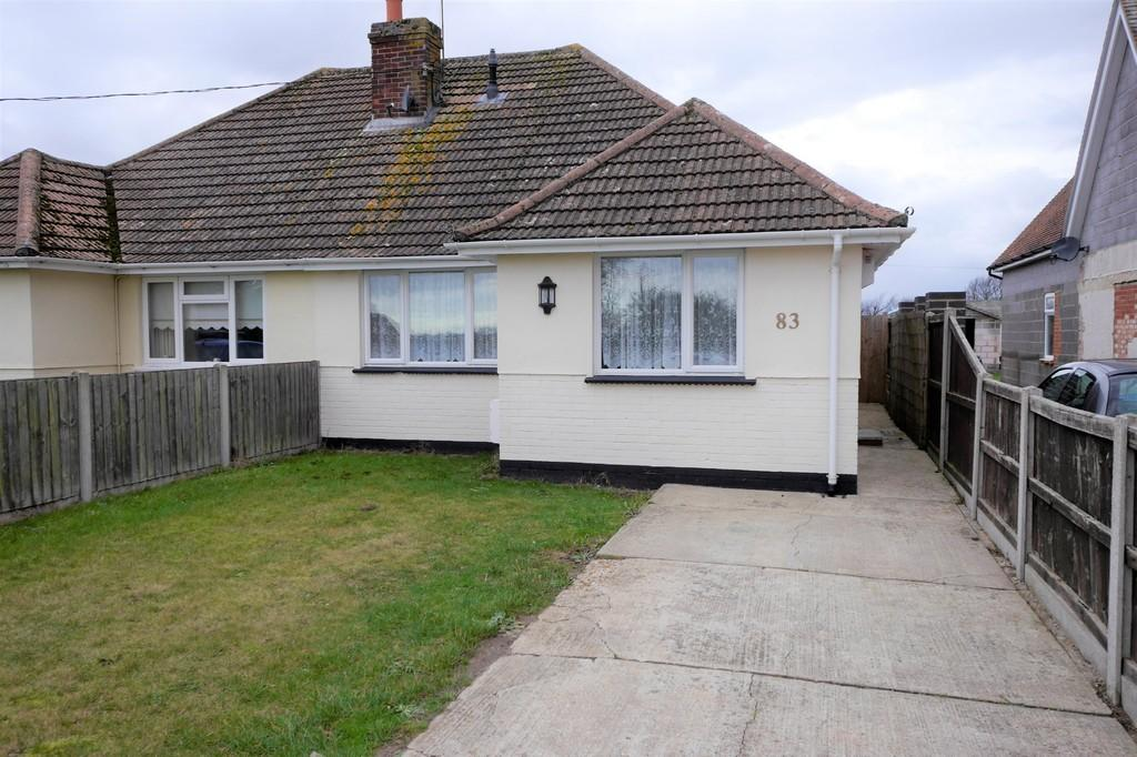 2 Bedrooms Semi Detached Bungalow for sale in Kirby Cross, Frinton-on-Sea