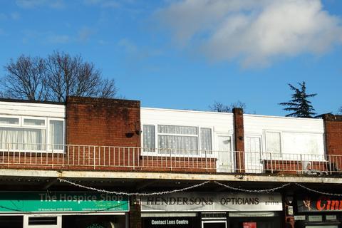 2 bedroom flat to rent - Victoria Road, Ferndown