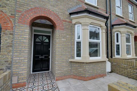 4 bedroom house to rent - Gloucester Raod, Walthamstow