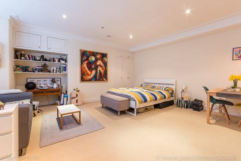 Studio to rent - The Gardens, Dulwich