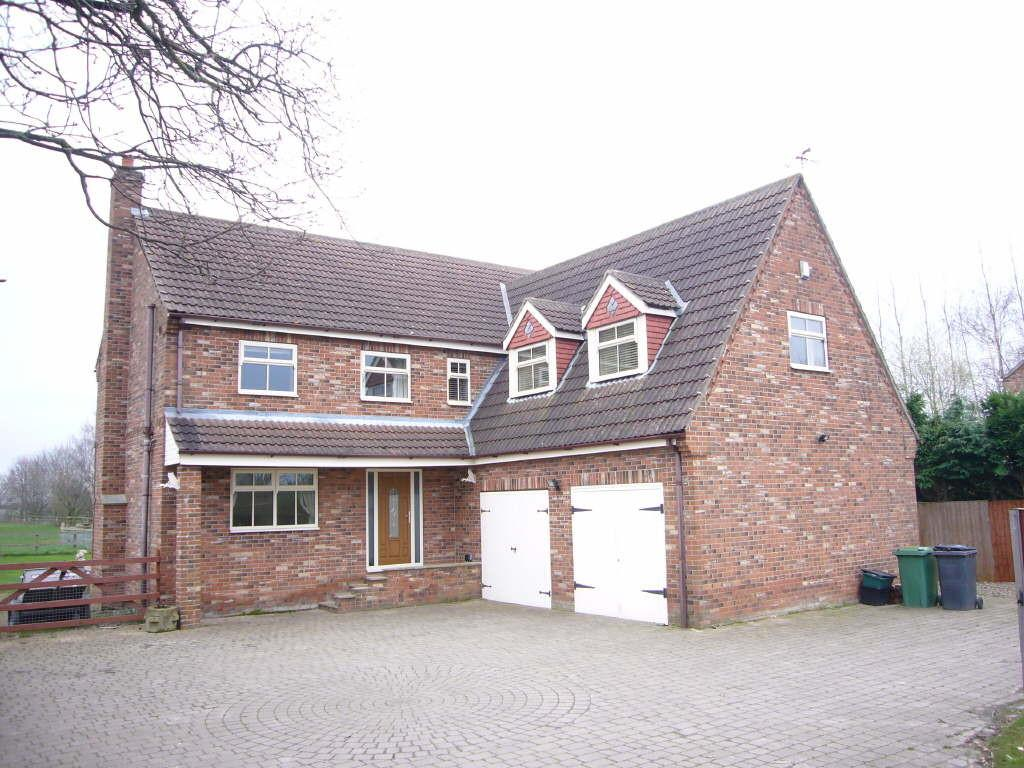 5 Bedrooms Detached House for sale in Owl Lodge, Riverside, Newland, Selby, YO8 8PS