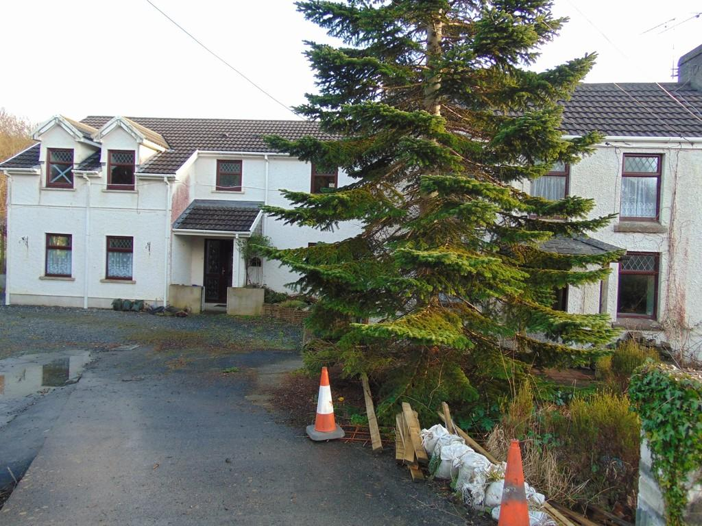 5 Bedrooms Semi Detached House for sale in 1 Danygraig Cottages