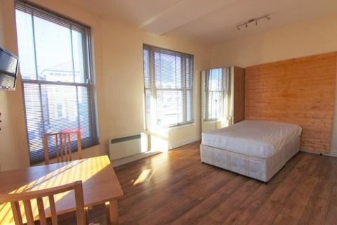 Studio to rent - 35A Junction Road,  Archway, N19