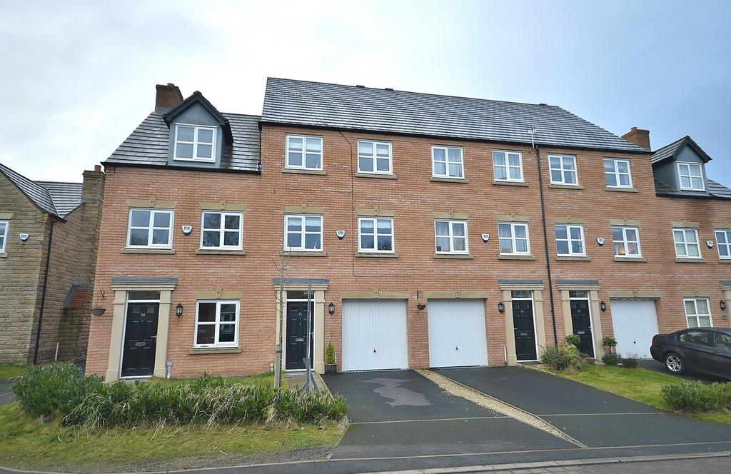 3 Bedrooms Mews House for sale in Eastwood Drive, Marple