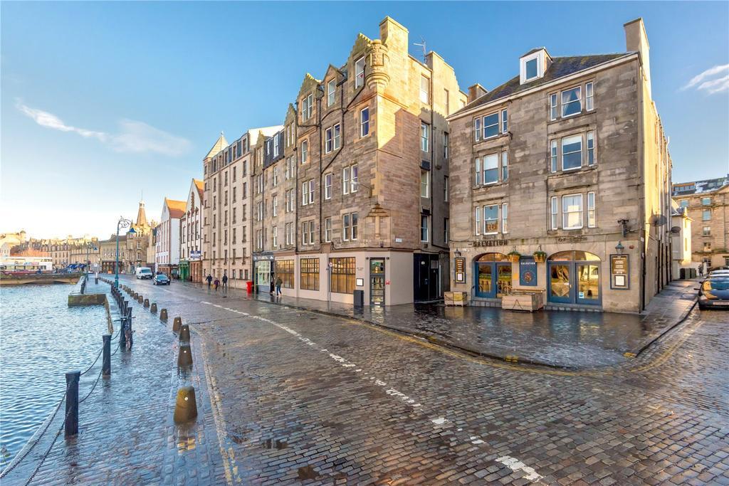 2 Bedrooms Flat for sale in 1/8 Waters Close, Edinburgh, EH6