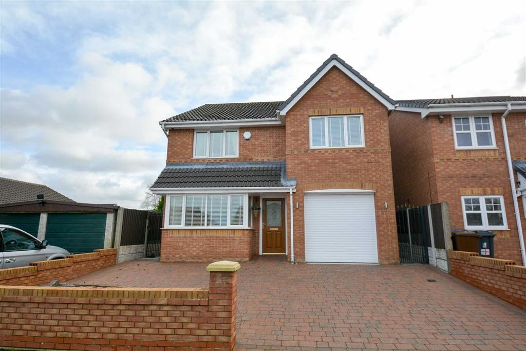 4 Bedrooms Detached House for sale in Raithby Drive, Hawkley Hall, Wigan, WN3