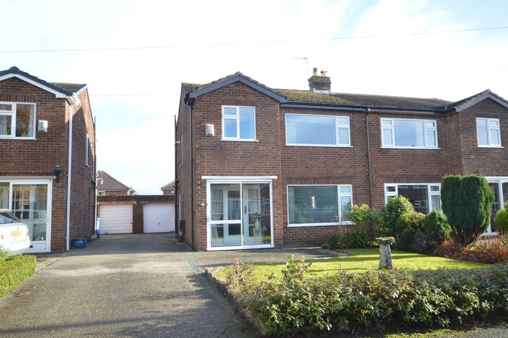 3 Bedrooms Semi Detached House for sale in Acton Avenue, Appleton, Warrington