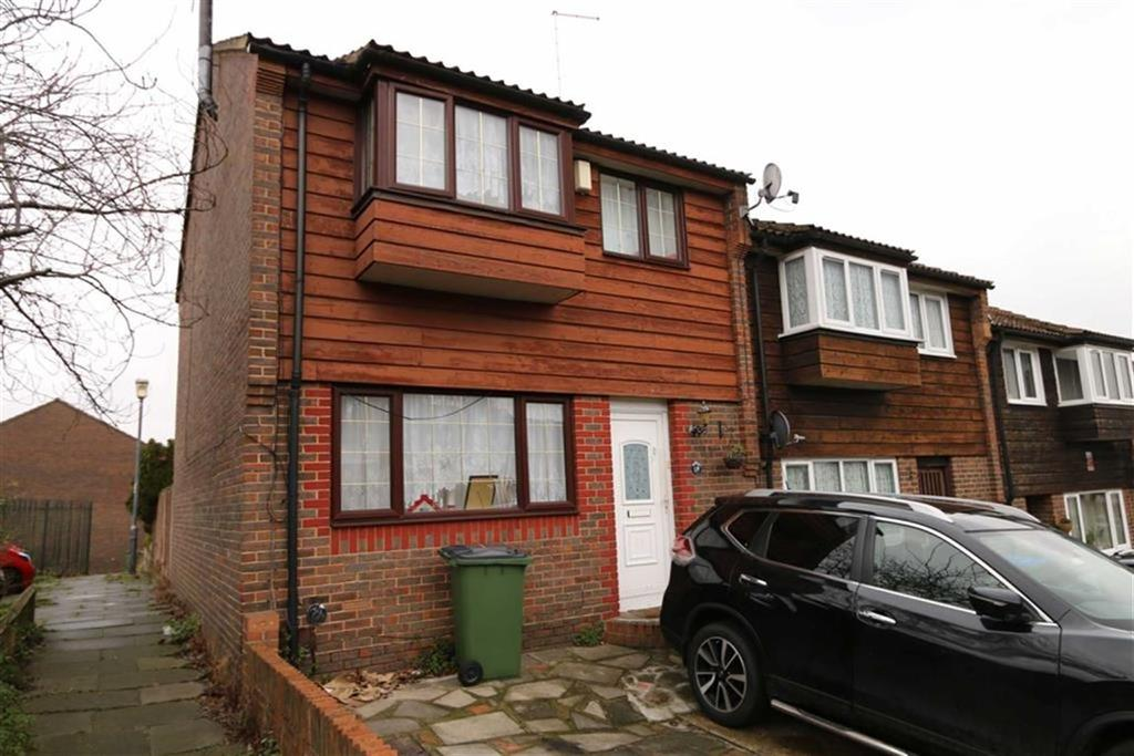 4 Bedrooms End Of Terrace House for sale in Hatton Close, Plumstead, London, SE18