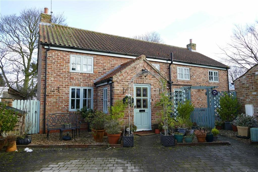 3 Bedrooms Detached House for sale in Stocks Hill, Huggate