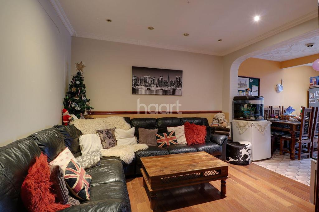 4 Bedrooms End Of Terrace House for sale in Greenford