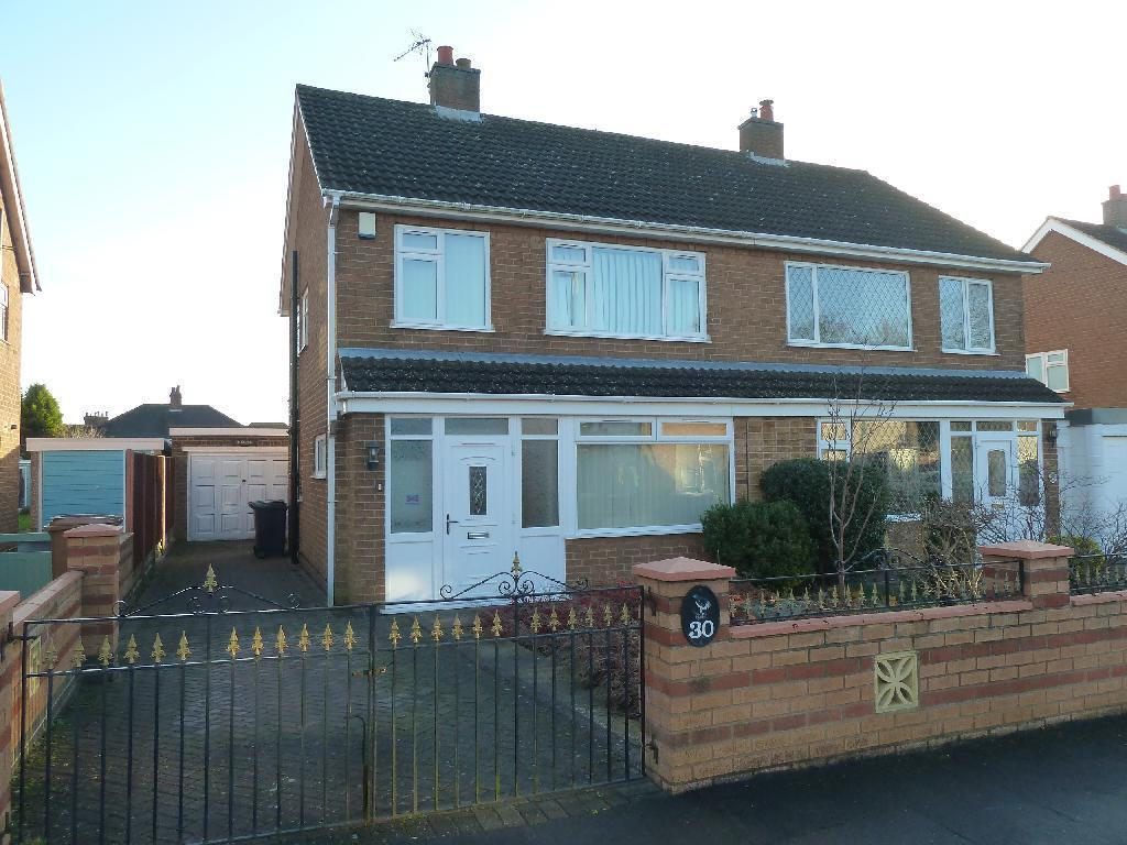 3 Bedrooms Semi Detached House for sale in Newbury Avenue, Melton Mowbray