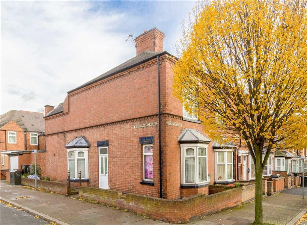 3 Bedrooms Terraced House for sale in Wilberforce Road, Leicester, LE3