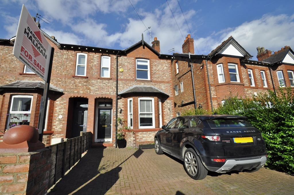 3 Bedrooms Semi Detached House for rent in Lumb Lane, Bramhall