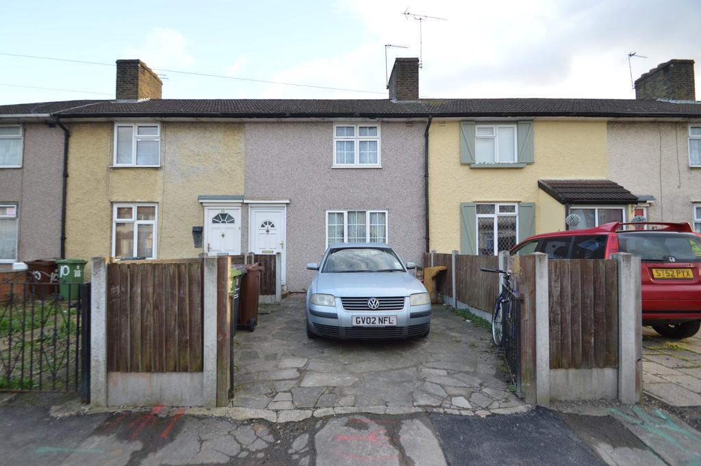 2 Bedrooms Terraced House for sale in Lambley Road, Dagenham