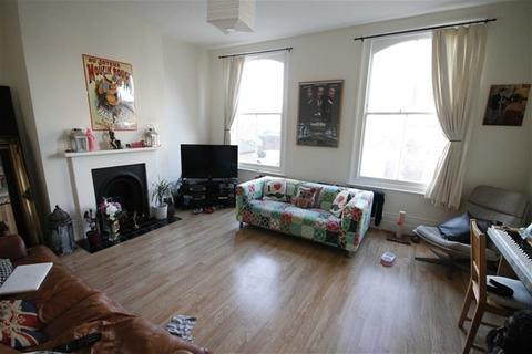 3 bedroom flat to rent - Orford Road, Walthamstow