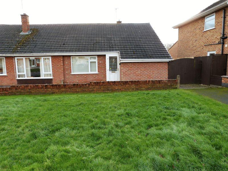 2 Bedrooms Semi Detached Bungalow for sale in Homestead Drive, Little Hill, Wigston, Leicestershire