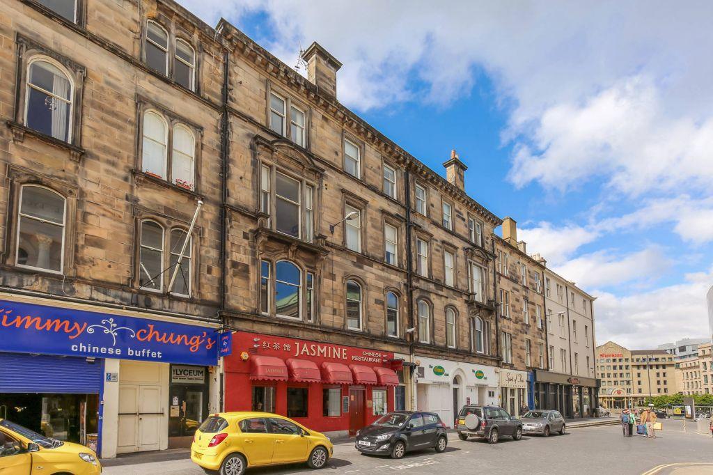 2 Bedrooms Flat for sale in 36/10 Grindlay Street, Edinburgh, EH3 9AP