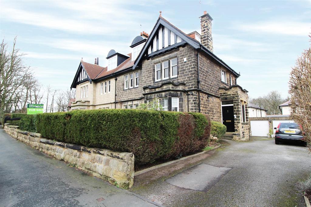 3 Bedrooms Flat for sale in Warwick Crescent, Harrogate