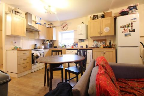 5 bedroom flat to rent - Unit 5x, Millers Terrace, Dalston, E8