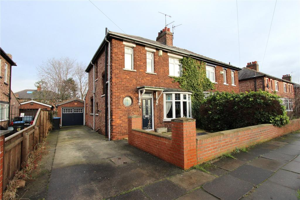 3 Bedrooms Semi Detached House for sale in Arlington Road, Tollesby