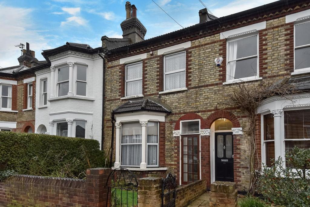 3 Bedrooms Terraced House for sale in Montrave Road, Penge