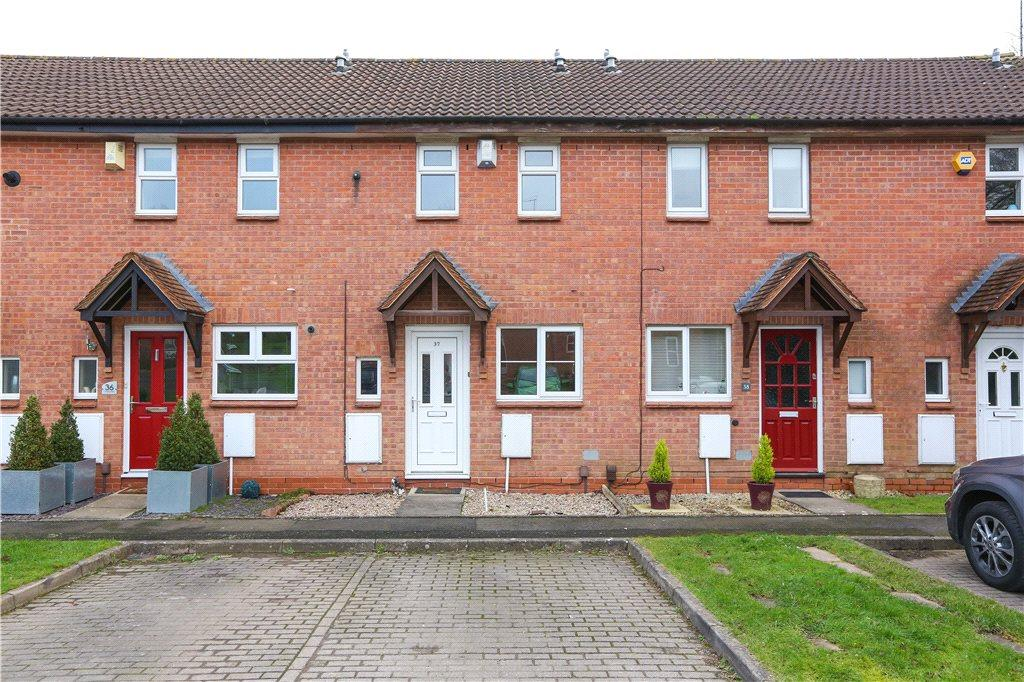 2 Bedrooms Terraced House for sale in Tidbury Close, Redditch, Worcestershire, B97