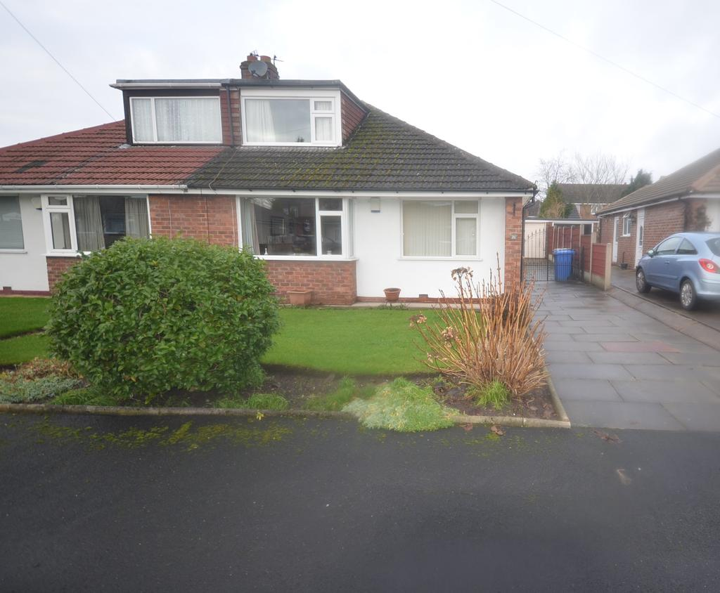 3 Bedrooms Semi Detached Bungalow for sale in Bloomsbury Grove, Timperley, Altrincham WA15