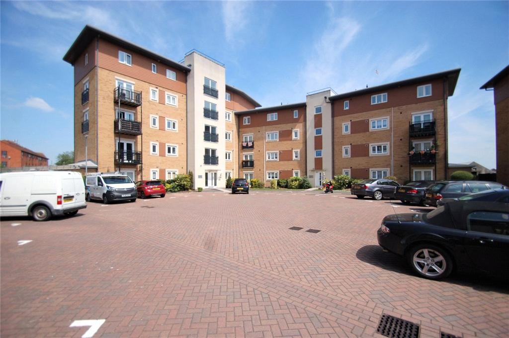 2 Bedrooms Apartment Flat for sale in Manley Gardens, Bridgwater, Somerset, TA6