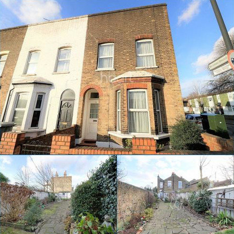 3 bedroom end of terrace house for sale - Forest Lane, Stratford, London, E15