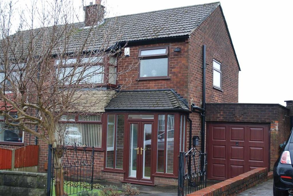 3 Bedrooms Semi Detached House for sale in Lulworth Road, Middleton, Manchester