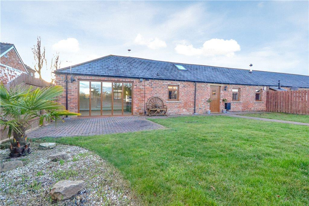 3 Bedrooms Barn Conversion Character Property for sale in Stainsby Hall Farm, Stainton, Middlesbrough