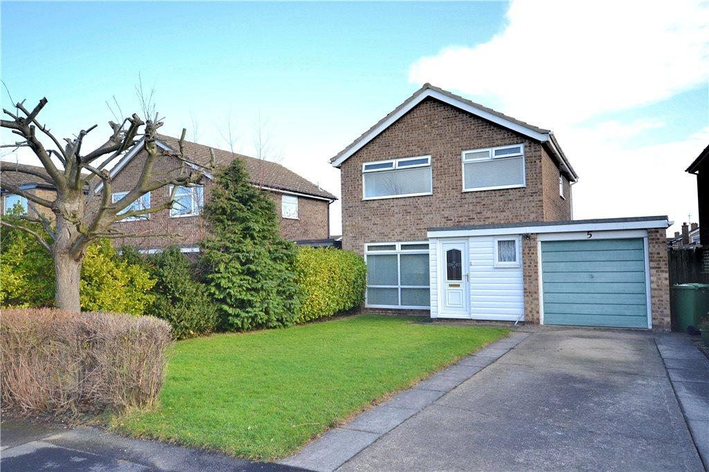 3 Bedrooms Detached House for sale in St Andrews Close, Eaglescliffe, Stockton-on-Tees