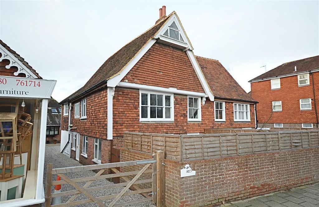 4 Bedrooms Semi Detached House for sale in West Cross, Tenterden