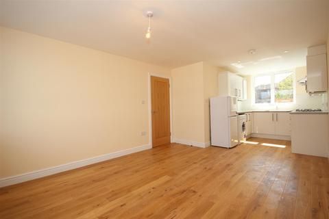 2 bedroom flat to rent - Craven Park Road, Harlesden, NW10 8SG
