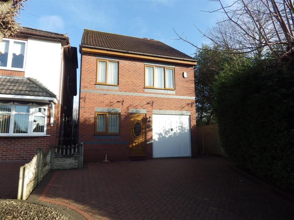 4 Bedrooms Detached House for sale in Ross, Rowley Regis